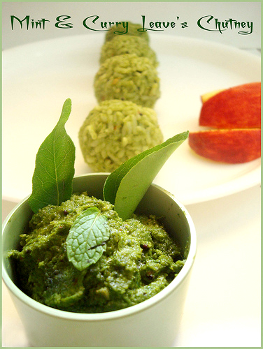 Mint & Curry Leaves Chutney