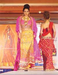 Fashion lehngas saris